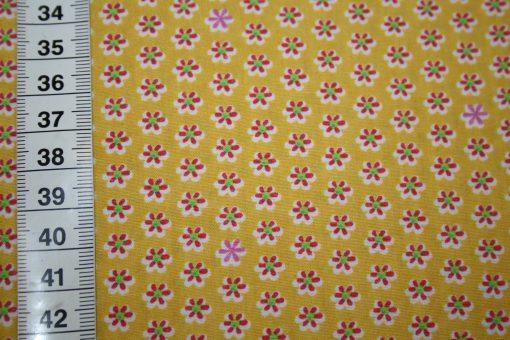 renee-d.de Onlineshop: A spark of Happiness Baumwollstoff kleine Blumen gelb
