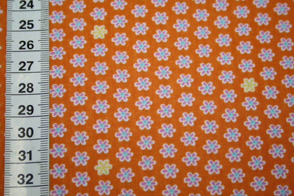 renee-d.de Onlineshop: A spark of Happiness Baumwollstoff kleine Blumen orange