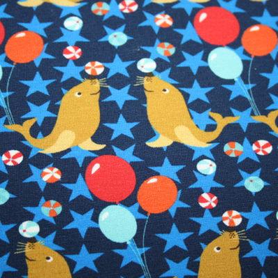 renee-d.de Onlineshop: Hilco Jersey Stoff blau Zirkus Seehund