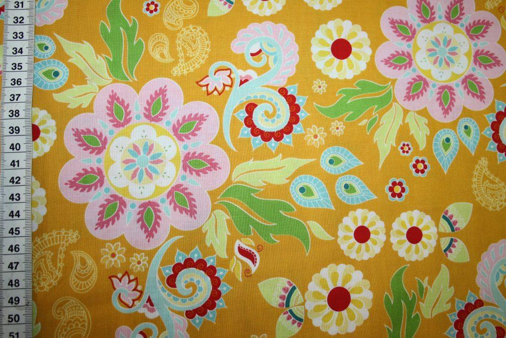 renee-d.de Onlineshop: Riley Blake Baumwollstoff Madhuri große Blumen gelb