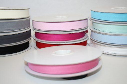 Artikel aus dem renee-d.de Onlineshop: Elastisches Schrägband bonbon rosa