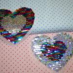 Streichpailetten Applikation Herz bunt - silber