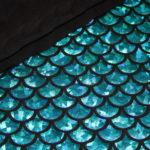 Dünner Polyester Jersey Stoff Fischschuppen blau glitzer