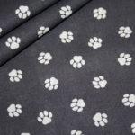 Baumwollstoff Hunde Pfoten grau